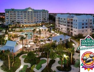 Five-night stay for a family of four for $295 at a Walt Disney World Good Neighbor Hotel ($695 value)