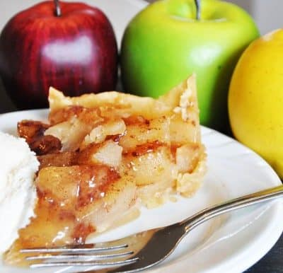 Slow Cooker: Apple Caramel Pie (4 ingredients!)