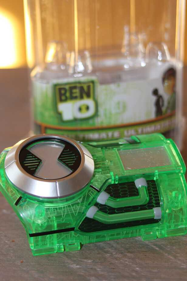 Ben 10 tech blaster and ultimate ultimatrix review this mama loves ben 10 tech blaster and ultimate ultimatrix review voltagebd Images