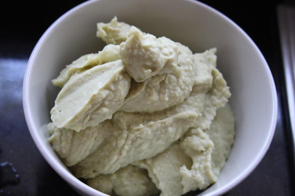 avocado white bean dip