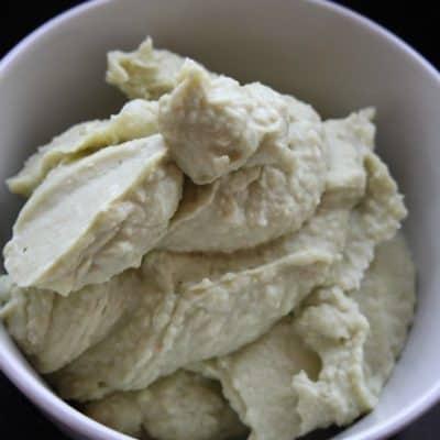 Avocado and White Bean Dip for #Superbowl Snackin' #Vegan
