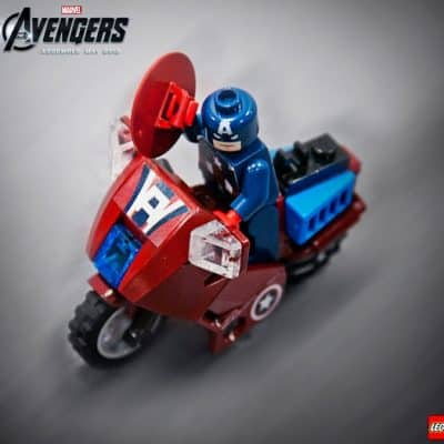 Marvel & LEGO have paired up for The Avengers!