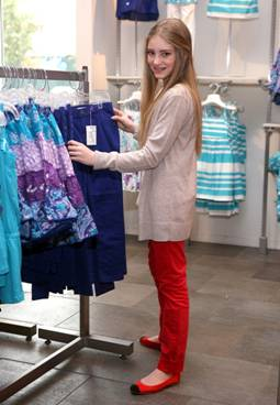 Willow Shields of Hunger Games Shops where This Mama Shops!
