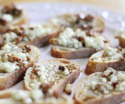 Honey Gorgonzola Cheese Appetizers