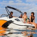 Discoverboating.com etiquette tips for boating