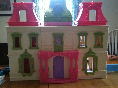 FisherPrice Loving Family Dollhouse