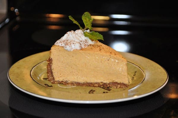 healthified pumpkin spice cheesecake from the healthified mom