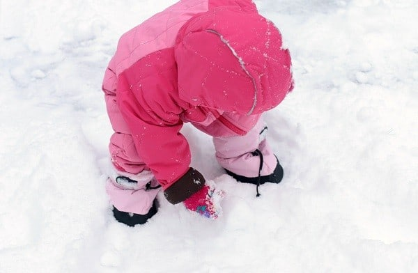 keeping kids entertained in winter