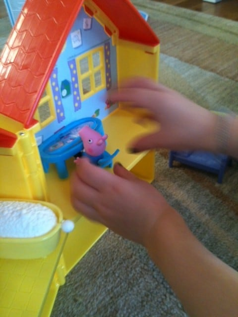 peppa pig house playing