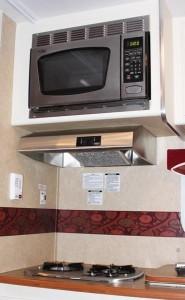 RV amenities, microwave, gas stove