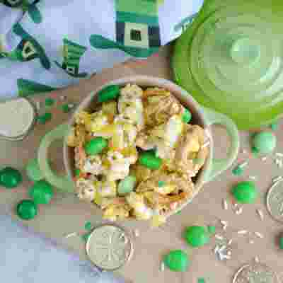 St. Patrick's Day Treats: Leprechaun Popcorn