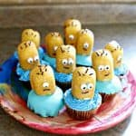 despicable-me-minion-cupcakes-surprise-ingredient