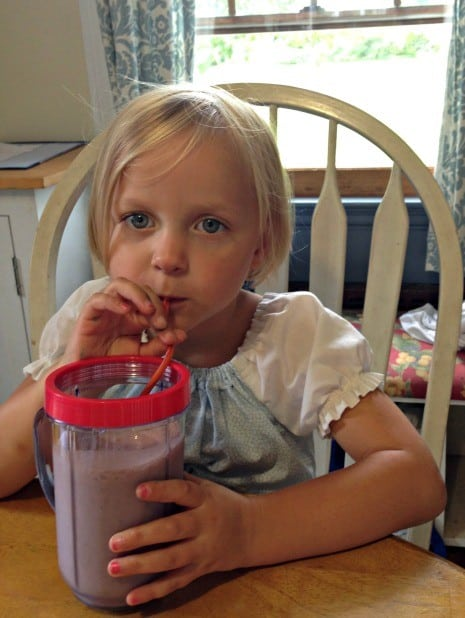 enjoying-dark-chocolate-blueberry-milkshake