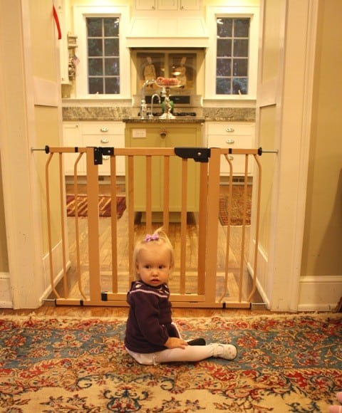 pressure-mounted-baby-gate