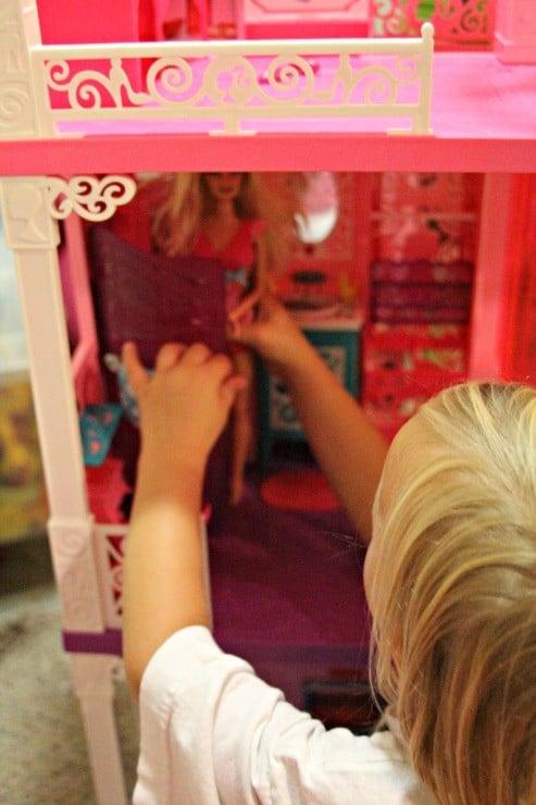 barbie-dreamhouse-shower