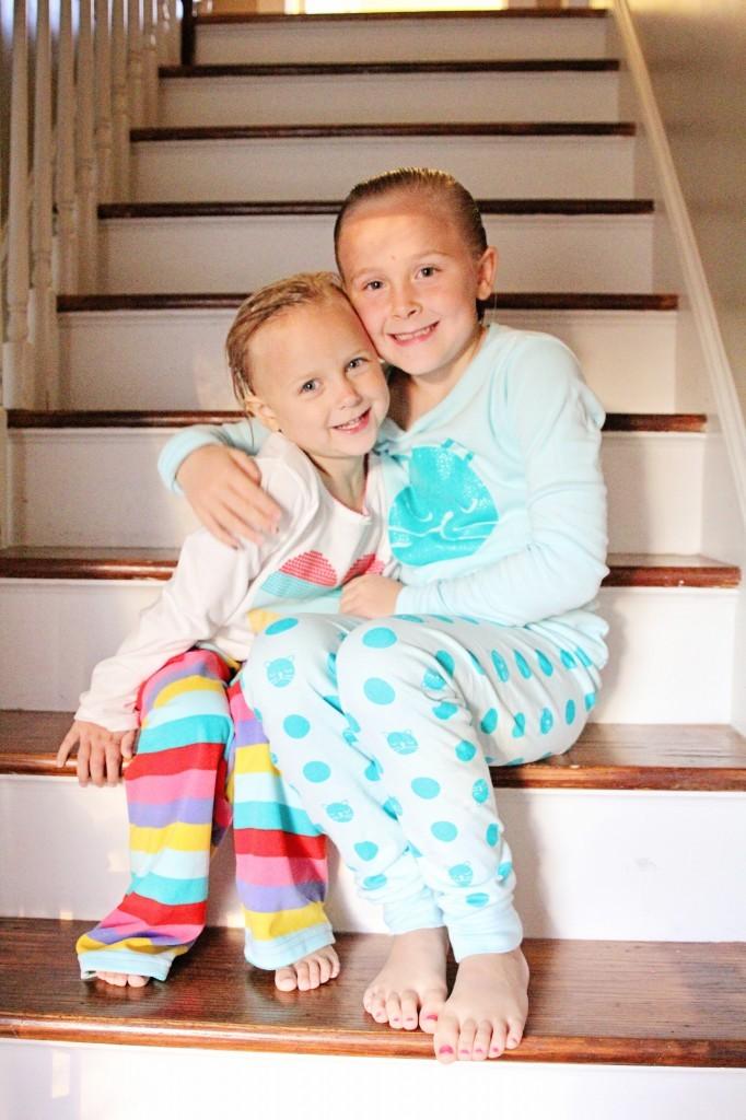 girls-oshkosh-pajamas