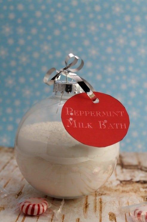 diy-peppermint-milk-bath