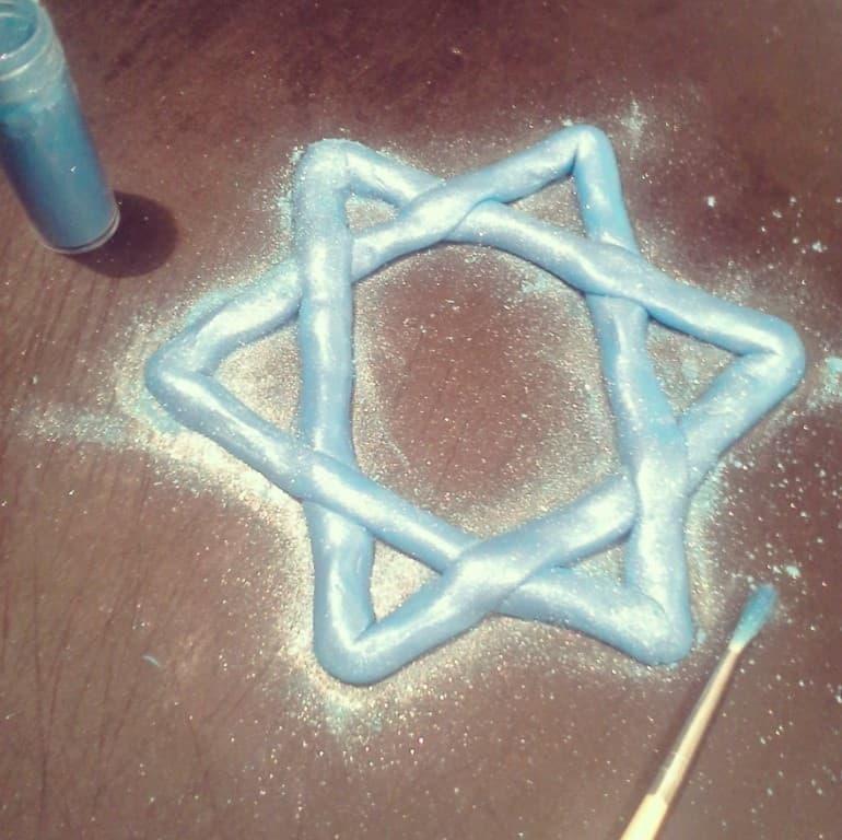 hanukkah-cake-star-shimmer