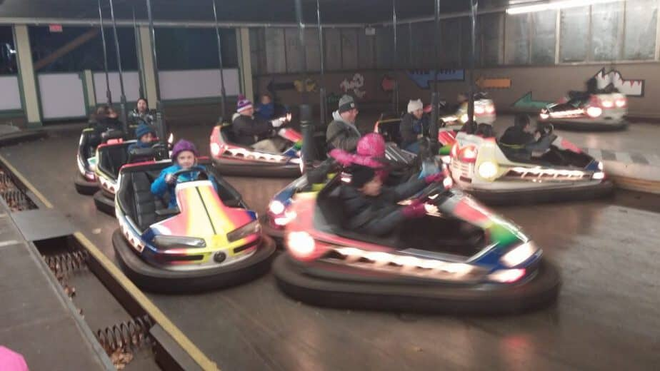 bumper-cars-in-winter-lake-compounce