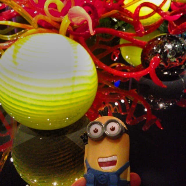 minion-seattle-chihuly-glass