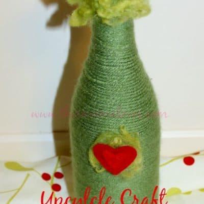 Upcycled Craft: Grinch Vase