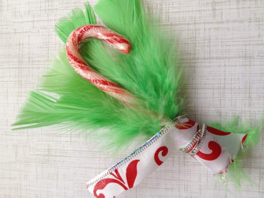 grinch-furry-ornament