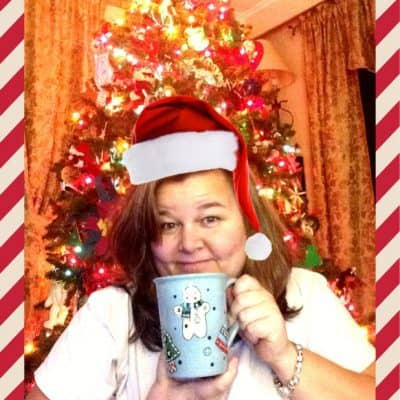 What's your favorite holiday coffee? Merry Mugmas! #DunkinMugUp