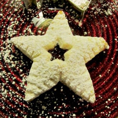 12 Days of Christmas Cookies: Raspberry Filled Christmas Stars
