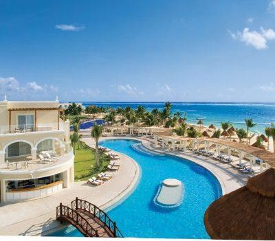 Unlimited-Luxury Getaways with Dreams Resorts & Spas #ResortEscape