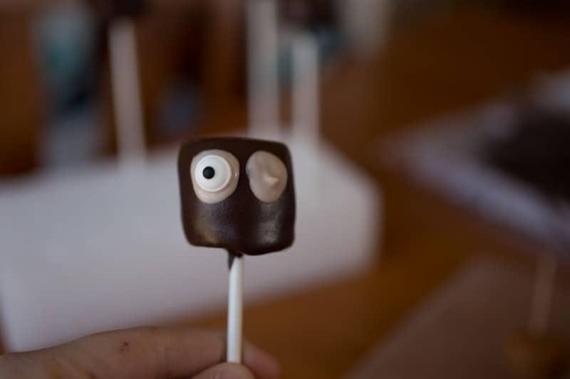 Sven Marshmallow Pops-6