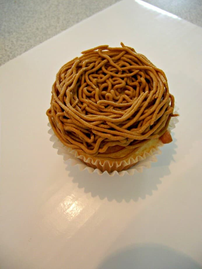 birds nest cupcakes process