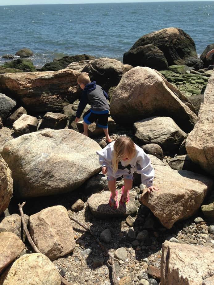 climbing-rocks-hammonasset