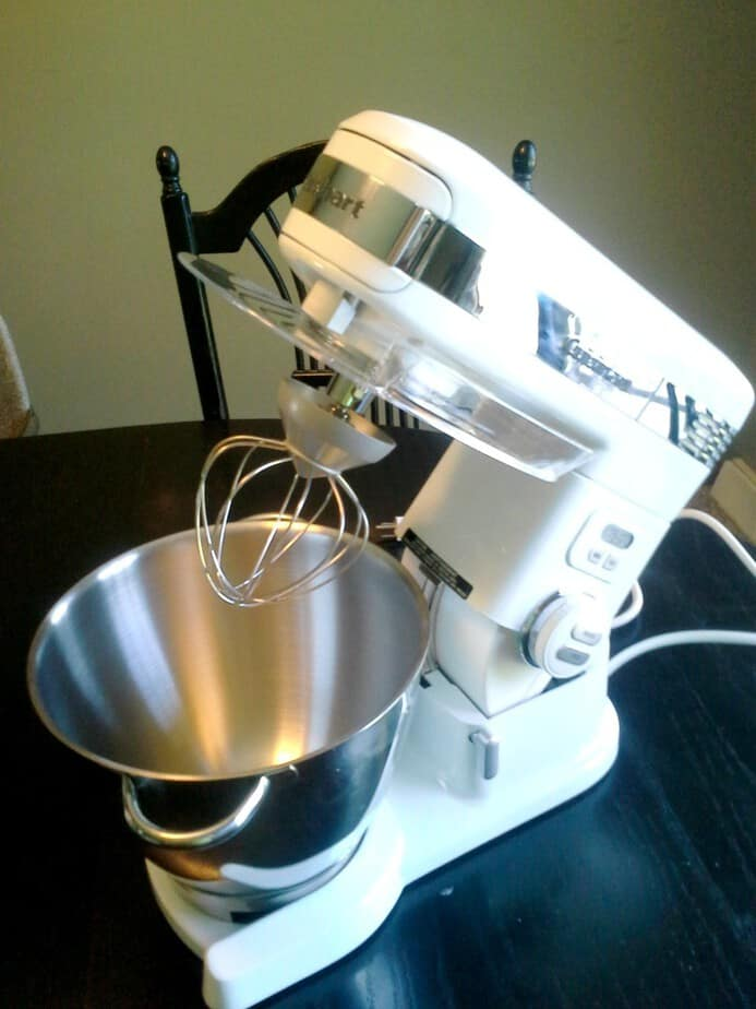 cuisinart-mixer-counter