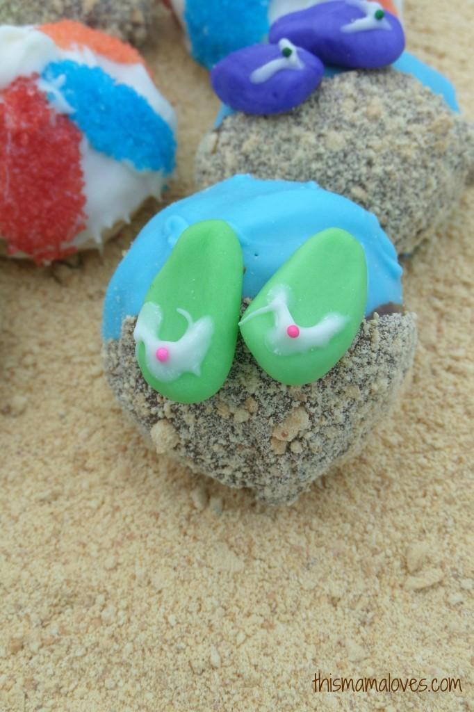summer fun cake balls close up