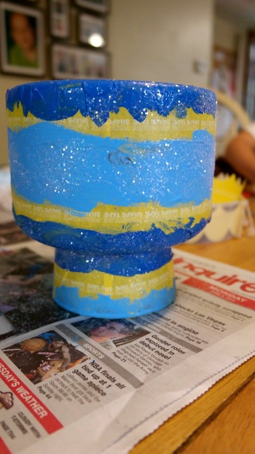 upcycle-vase-craft-painted