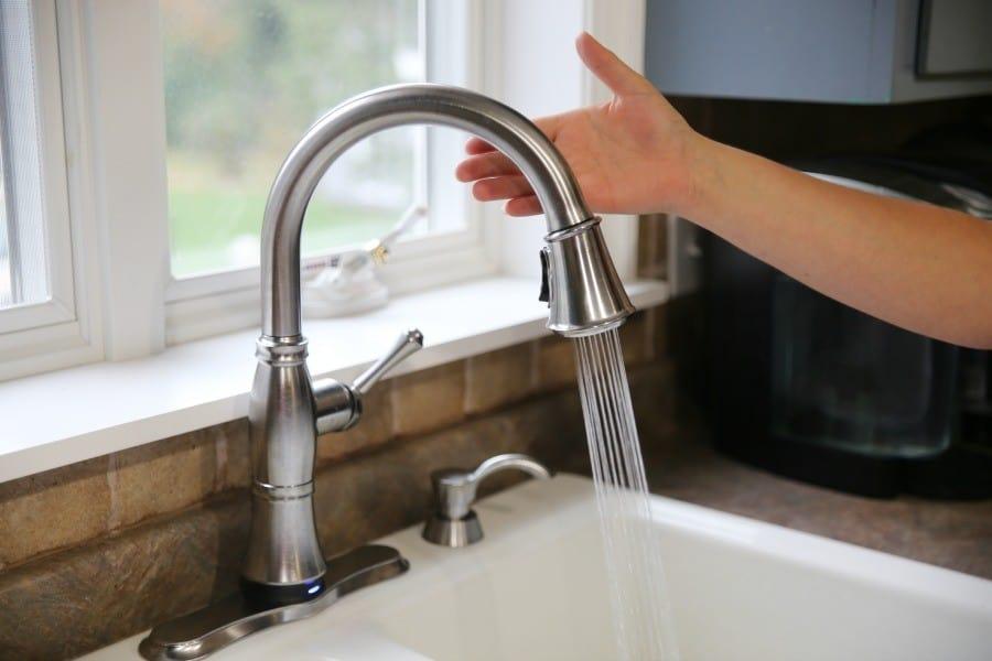 delta-touch20-faucet-happimess