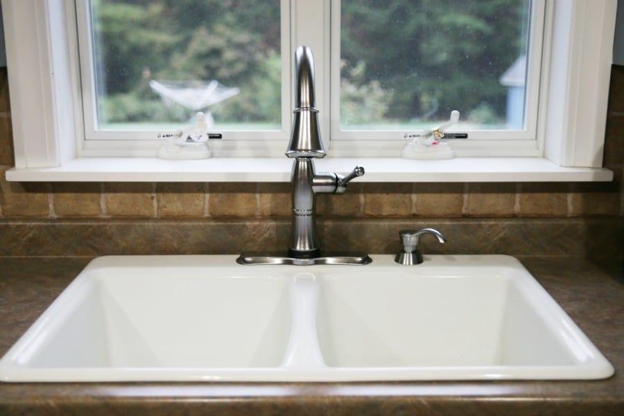 delta-touch20-happimess-kitchen-faucet