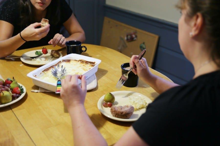 happimess-breakfast-party