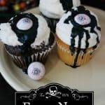 eye-newt-cupcakes-halloween-cupcakes