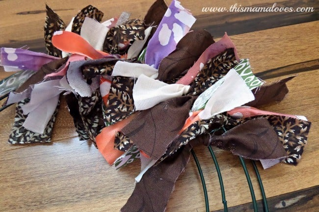 fabric scrap wreath tutorial