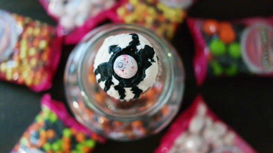 sweetworks-candies-eye-newt