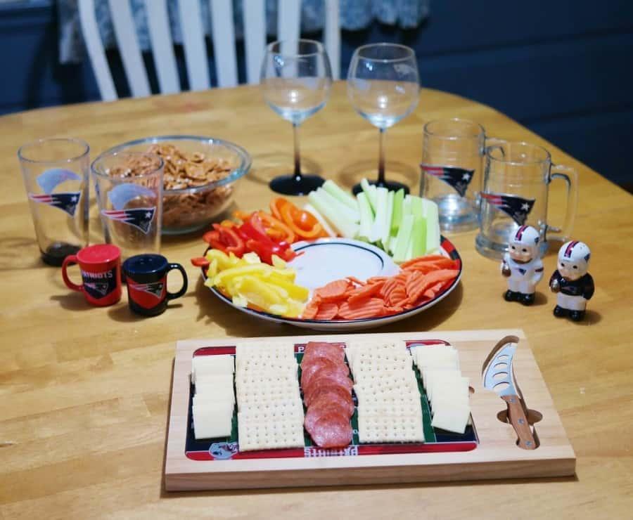 nfl-homegating-table