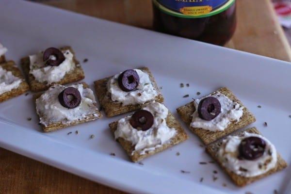 mazzetta cracker horizontal