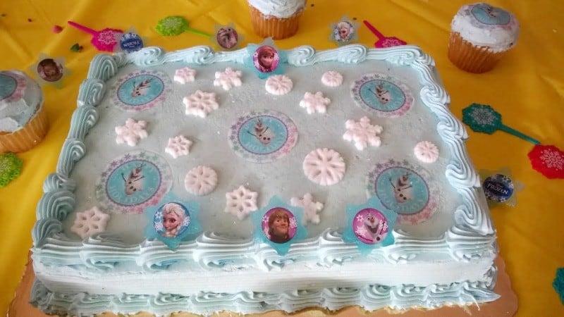 olaf cake close