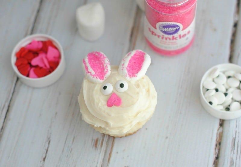 bunny-cupcakes-horizontal