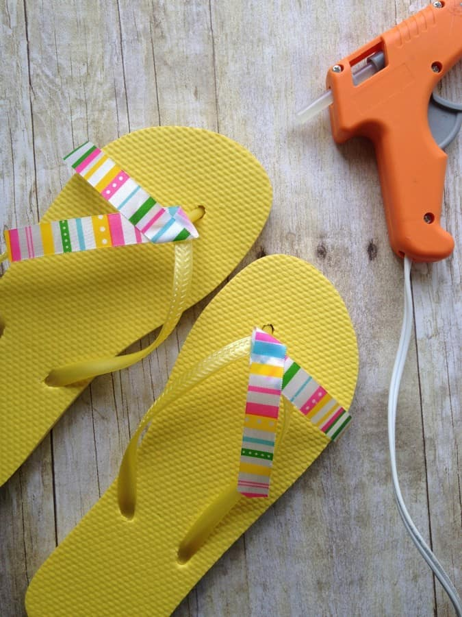 diy-flower-flip-flops-ribbon
