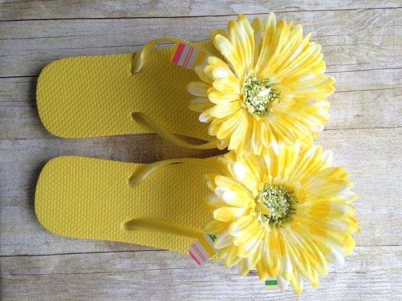diy-flower-flip-flops-horiz