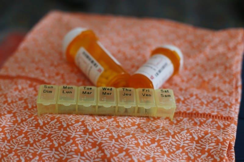 packing-hacks-medication