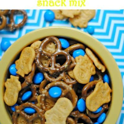 Quick and Easy Minions Snack Mix