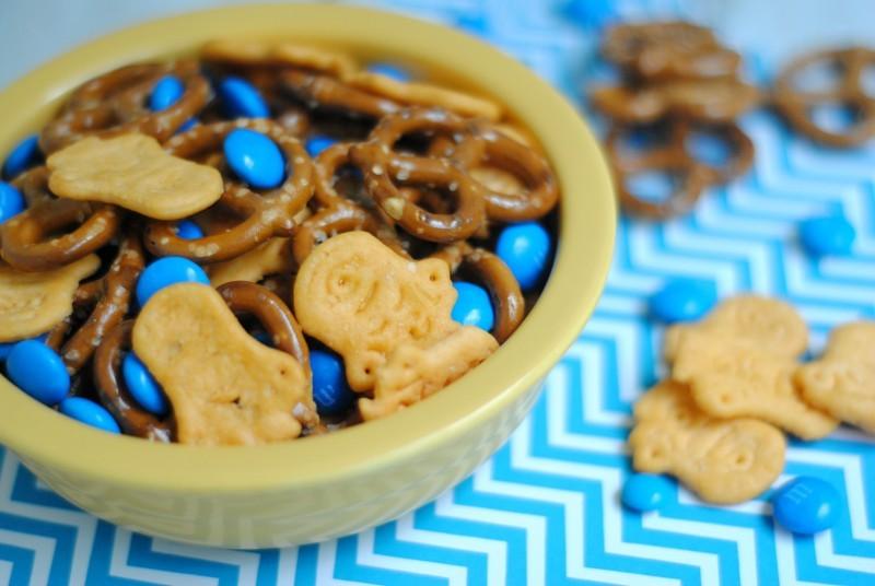 minion snack mix horiz
